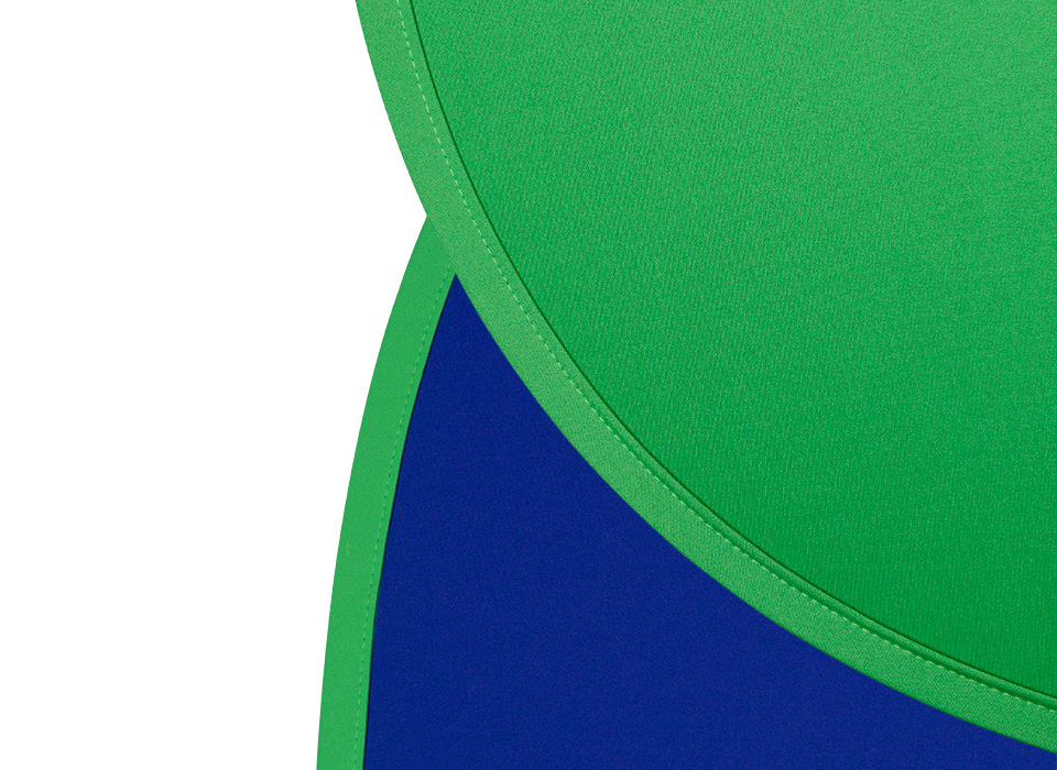 Collapsible fabric chroma-key green screen and blue