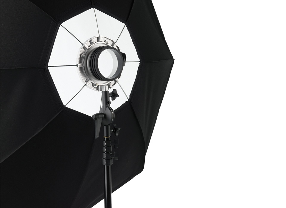 Speedring attached to Octabank softbox