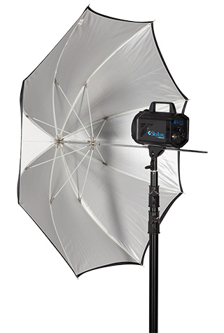 Umbrella with Skylux Continuous LED Light