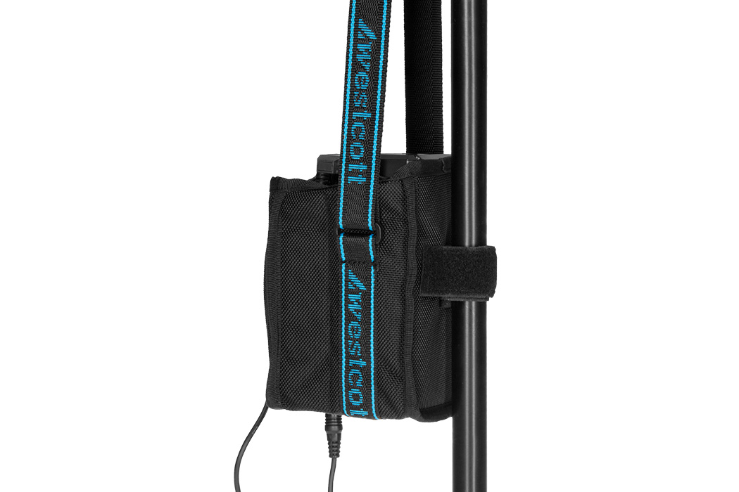 Flex component bag durable material hanging on light stand