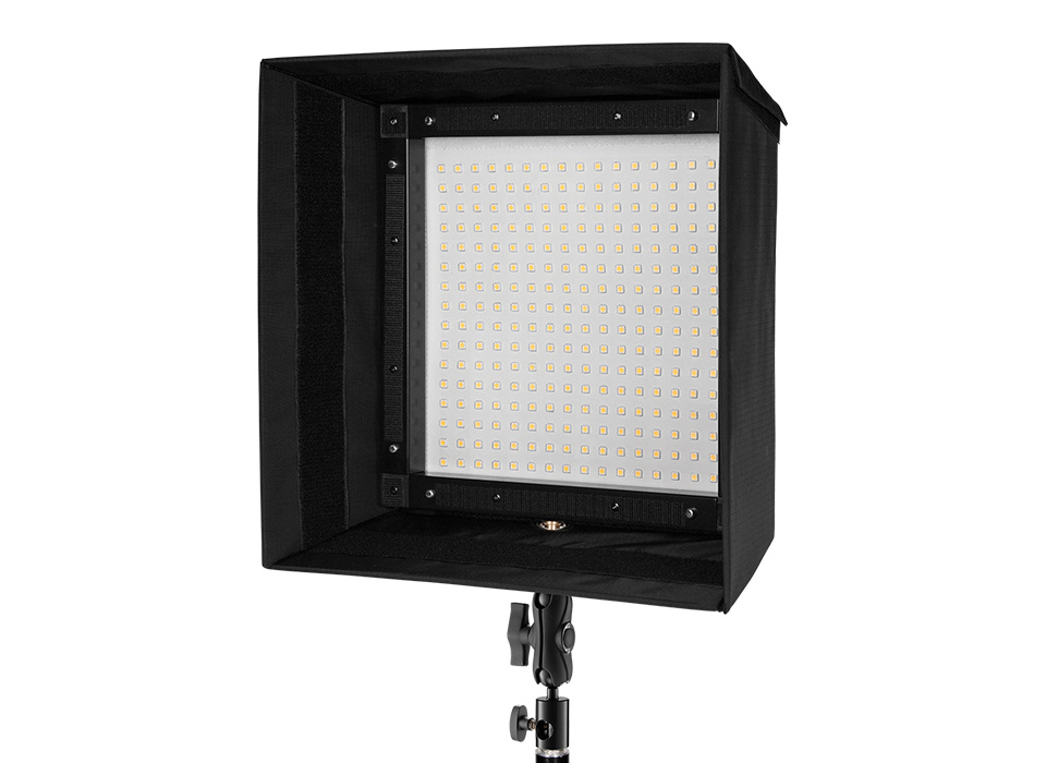 Flex mat with collapsible softbox