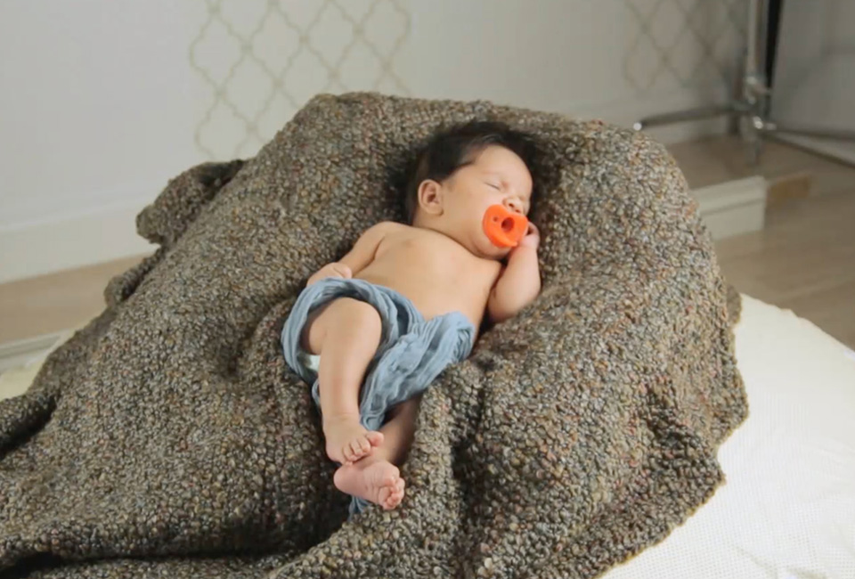 Results using newborn photography posing pillow