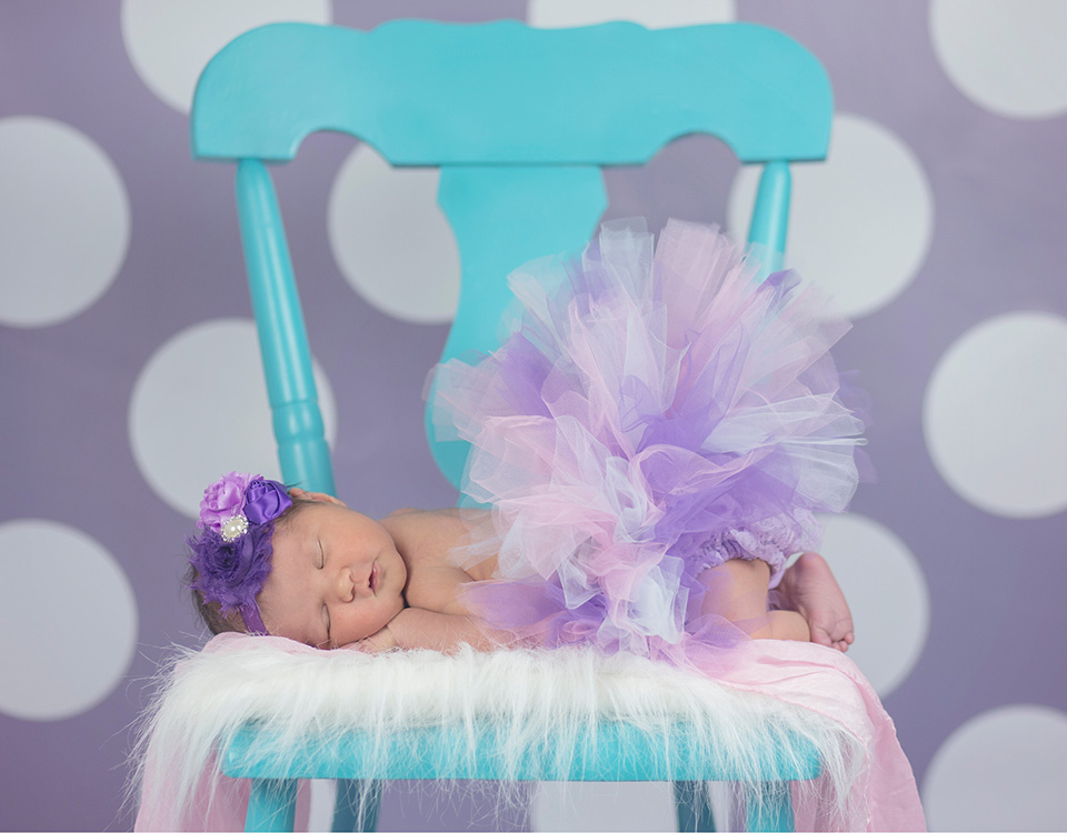 Color fur blanket for newborn photography