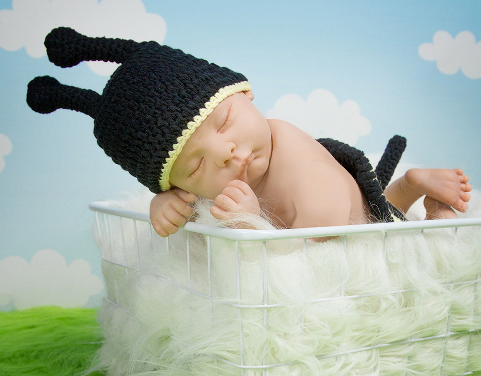 Newborn baby crochet outfit photography prop