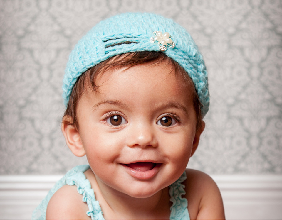 Crochet hat for baby and newborn photography