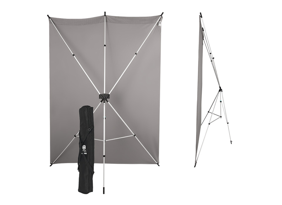 Collapsible backdrop stand with narrow profile