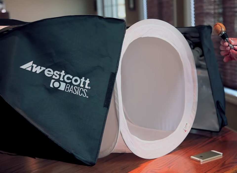 Photo shoot setup using Digitent light tent