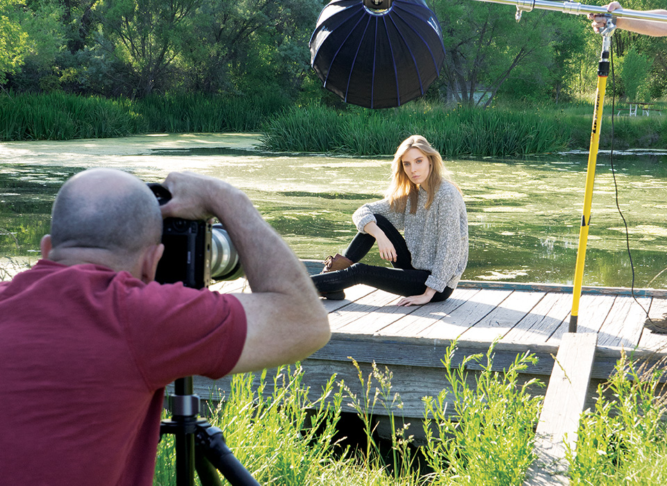 Behind the scenes photo shoot using Rapid Box Beauty Dish