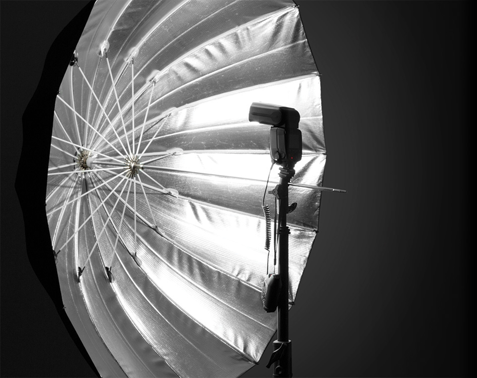 Precise and Direct Lighting using Apollo Deep Umbrella with Reflective Silver Interior