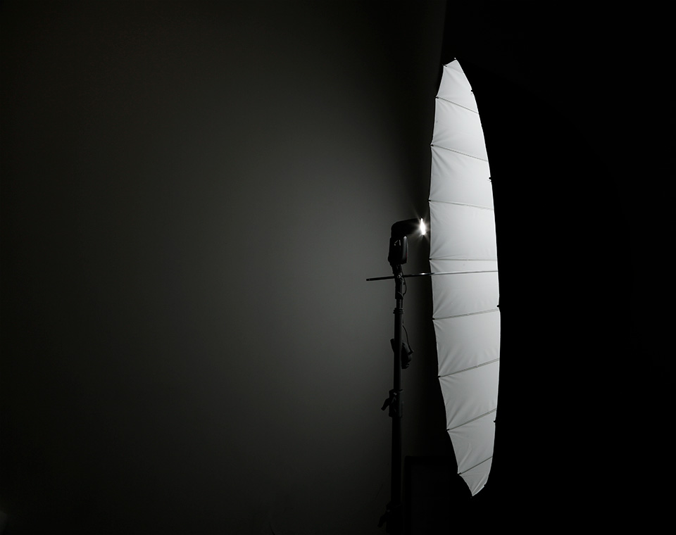 Precise and Direct Lighting using Apollo Deep Umbrella with Reflective White Interior