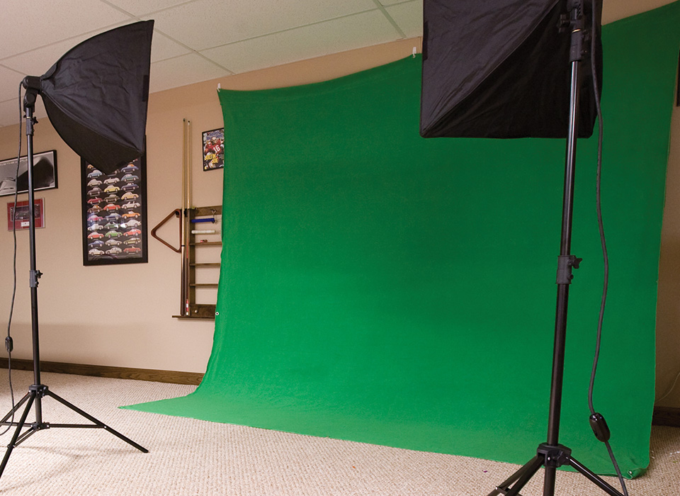 Green Screen photography lighting kit setup in a home